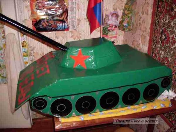 поделка танк